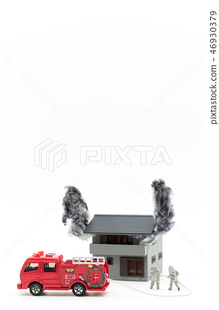 Fire house Fire brigade Fire engine: burning house firefighters fire truck 46930379
