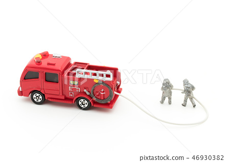 Fire brigade fire engine: firefighters and fire truck 46930382