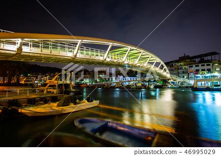 高雄鼓山渡輪夜景Asia Taiwan Kaohsiung Pier 46995029