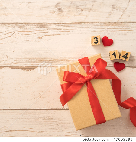 婚慶節母親節生日禮物纞帶送禮物瑫瑰愛的心送驚喜 47005599