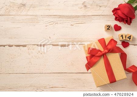 婚慶節母親節生日禮物纞帶送禮物瑫瑰愛的心送驚喜 47028924