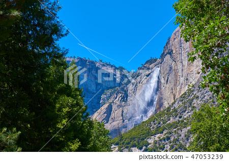 優勝美地國家公園約塞米蒂瀑布和軌跡 47053239