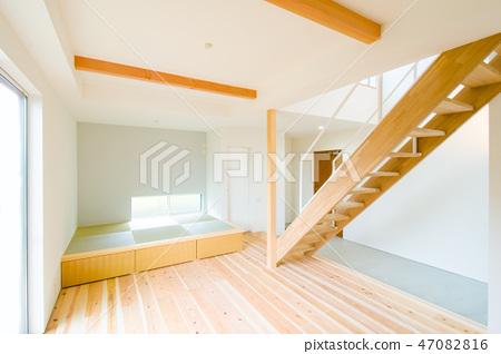 新的单户住宅 47082816