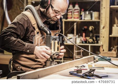 carpenter at work 47089731