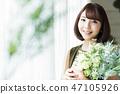 ช่อดอกไม้ผู้หญิง 47105926