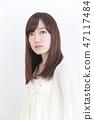 年輕女士的髮型 47117484