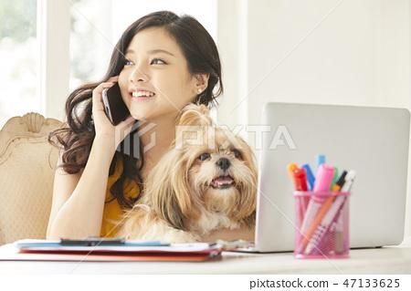 女人寵物生活方式業務 47133625