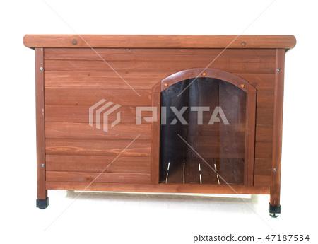 wood dog house 47187534