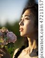 Women Nature Portrait 47213157