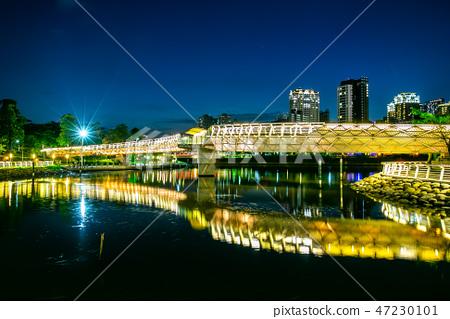 臺灣高雄愛河之心夜景 Kaohsiung River, Taiwan, Asia 47230101