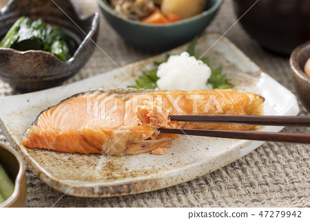 烤三文魚 47279942