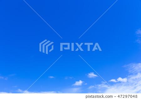 蓝天和白色云彩60 47297048