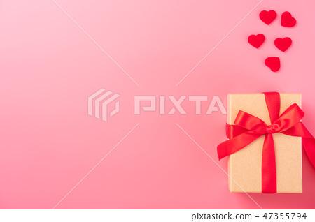 情人節白色情人節禮物瑞帶琞縶瑰寶瑰愛心情人節情人節 47355794