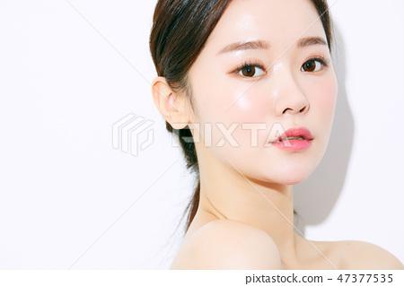 Women beauty 47377535