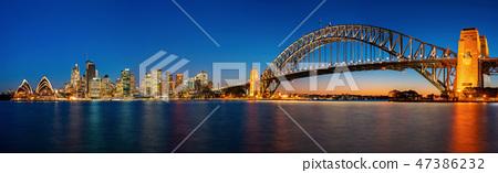 Panorama of Sydney harbour and bridge  47386232