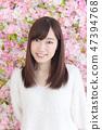 年輕女士的髮型 47394768