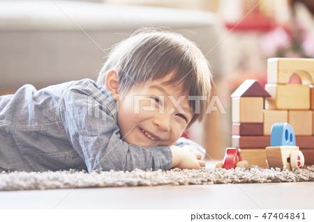 블록놀이,유아,어린이,아기,베이비,거실,집,주택 47404841