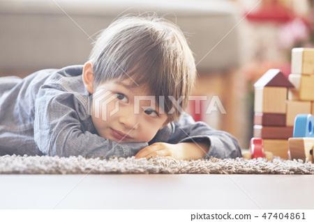 블록놀이,유아,어린이,아기,베이비,거실,집,주택 47404861