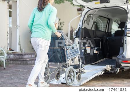 휠체어 차량 이미지 47464881