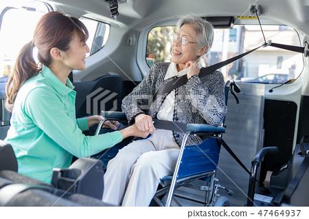 휠체어 차량 이미지 47464937