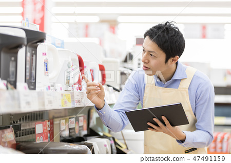 家居中心電子商店店員職員產品選擇 47491159