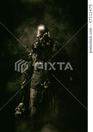 Portrait of a post apocalyptic warrior 47511479