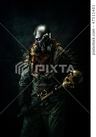 Portrait of a post apocalyptic warrior 47511481