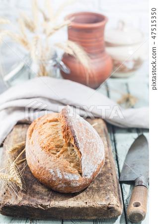 Freshly baked bread 47515350