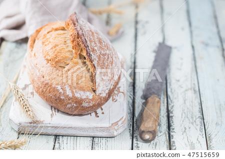Freshly baked bread 47515659