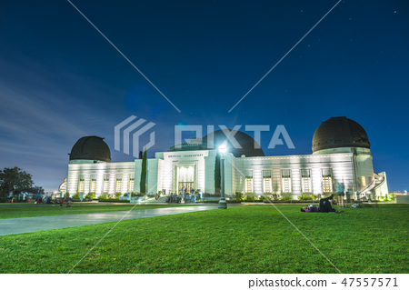 Griffith Observatory park at night. 47557571