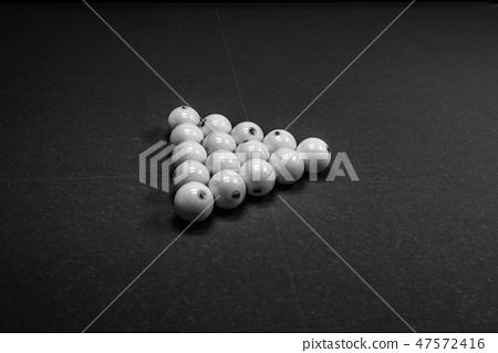 15 billiard balls in a triangle 47572416