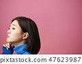 思维女人的肖像 47623987