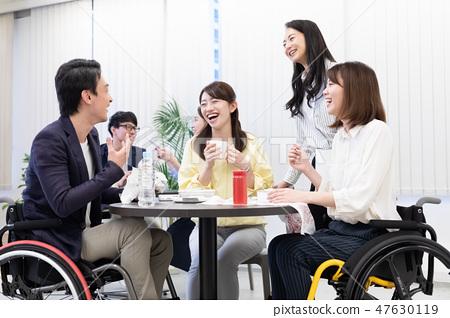日本環球模特協會監督物資業務現場輪椅 47630119