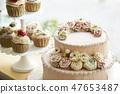 玫瑰装饰蛋糕和蛋糕 47653487