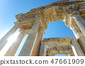 아크로 폴리스 유적 건조물과 태양을 바라 47661909