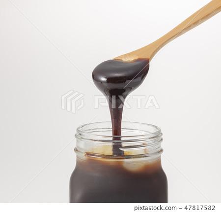 검은 꿀 47817582