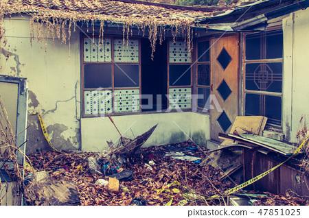 서울의 마지막 달동네 노원구 중계본동 백사마을의 범죄발생 후 버려진 폐가의 모습 47851025