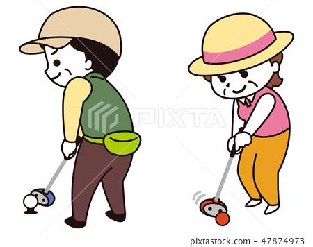 打公園高爾夫球的中年女孩 47874973