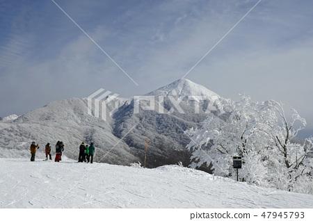 萬代山 - 在前面看到的冷凍3萬代山 47945793
