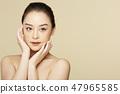 Women beauty 47965585