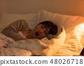 침대에서자는 여성 48026718