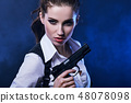 枪 女人 女性 48078098