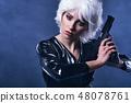 枪 女人 女性 48078761