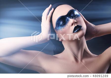 Black make-up 48091289