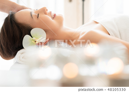 Female relaxation esthetics 48105330