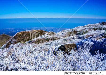 伏根山的冬季風景(雲仙山和霜凍的冬季風景)[長崎縣雲仙市] 48112049