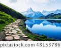湖泊 湖 山峰 48133786