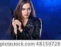 枪 女人 女性 48150726