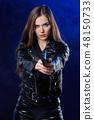 枪 女人 女性 48150733