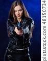 枪 女人 女性 48150734